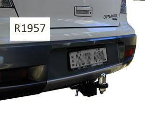 Tow hitch fitted to mitsubishi outlander