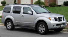 Nissan Pathfinder vehicle pic